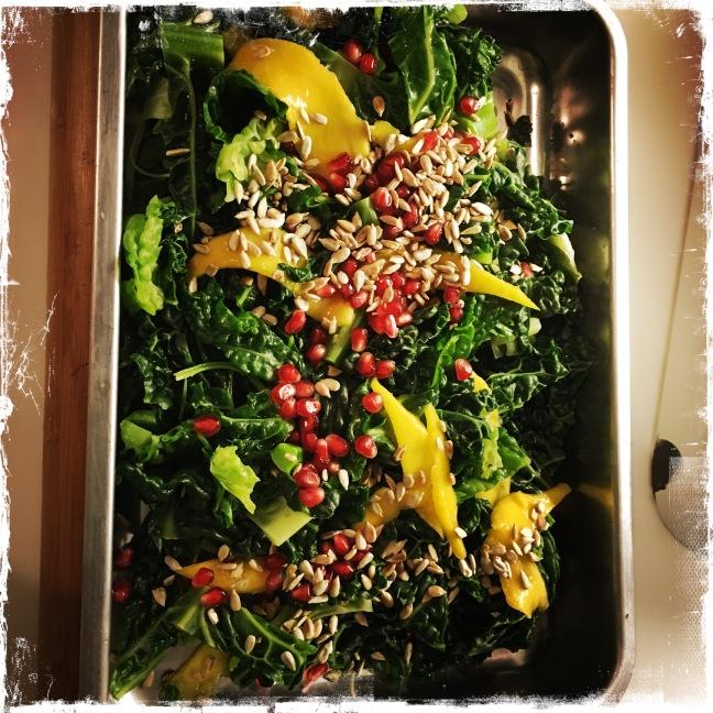Kale Salat Lecker Und Gesund Rebelluyoga